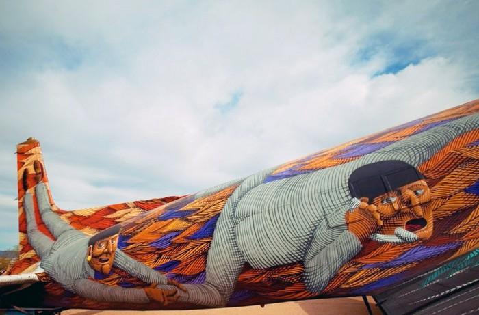 Art From The Boneyard – граффити на самолетах времен Второй мировой войны