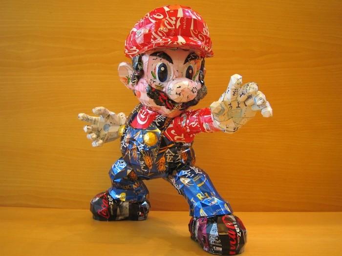 Иконы поп-культуры из мусора. Экологичный проект Makaon
