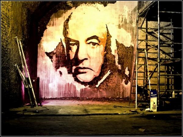 http://www.kulturologia.ru/files/u5694/scratched-murals-7.jpg