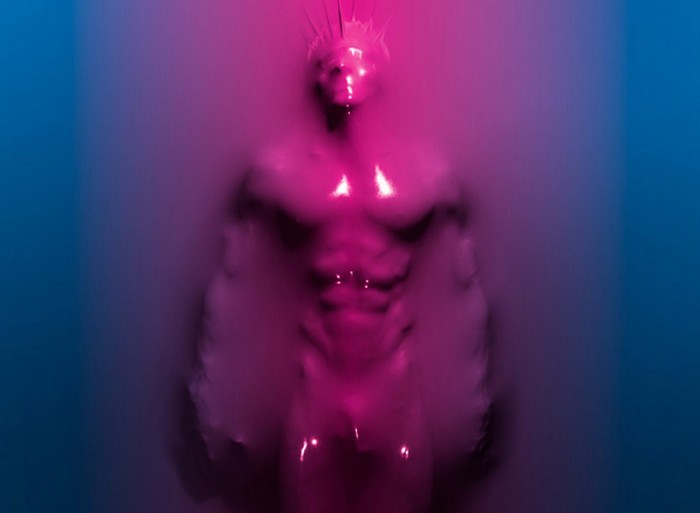 Skindeep — вакуумная красота человеческого тела