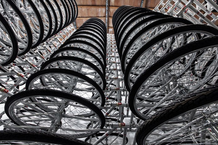 Stacked – новая велосипедная инсталляция от Аи Вэйвэя (Ai Weiwei)