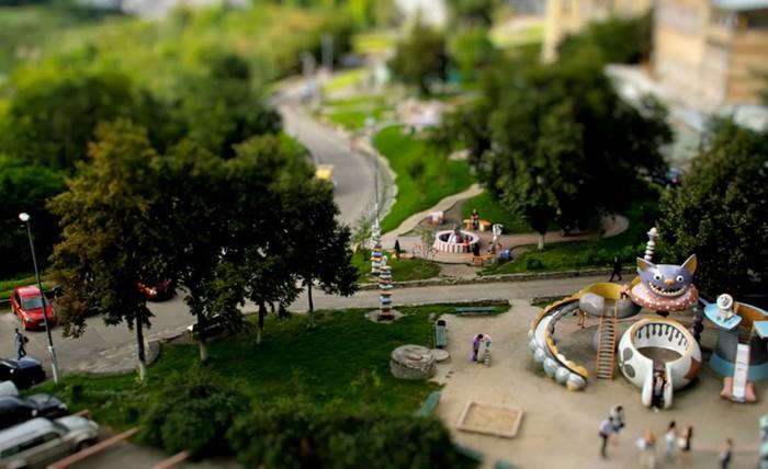 Minilook Kiev – восхитительный ролик про Киев, снятый на фотокамеру