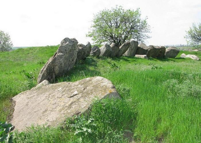 Кромлех в селе Мировое в Днепропетровской области Украины