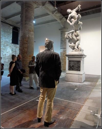 Скульптуры-свечи от Урса Фишера (Urs Fischer)