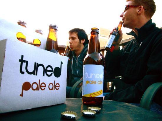 Играть на бутылках теперь просто – креатив от Tuned Pale Ale.