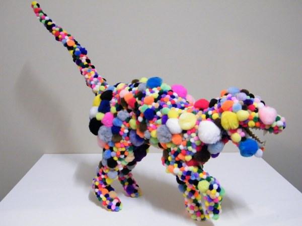 Помпончатый динозавр Троя Эмери
