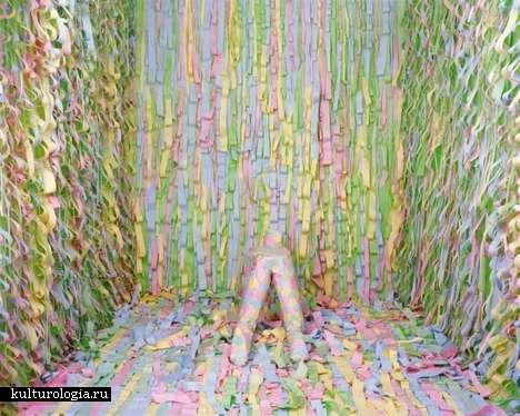 Безумные фото в натуральную величину Джины Остерлох (Gina Osterloh)