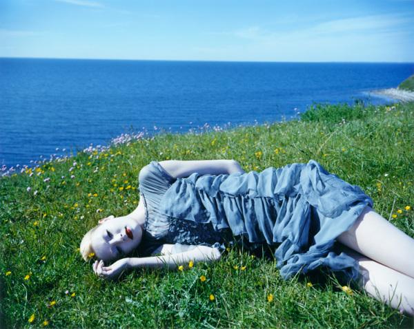 ean Francois Lepage добавляет элемент мистики даже в  такие светлые фото