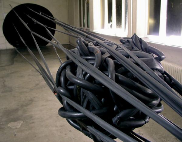 Sonja Vordermaier создала огромную резиновую блямбу
