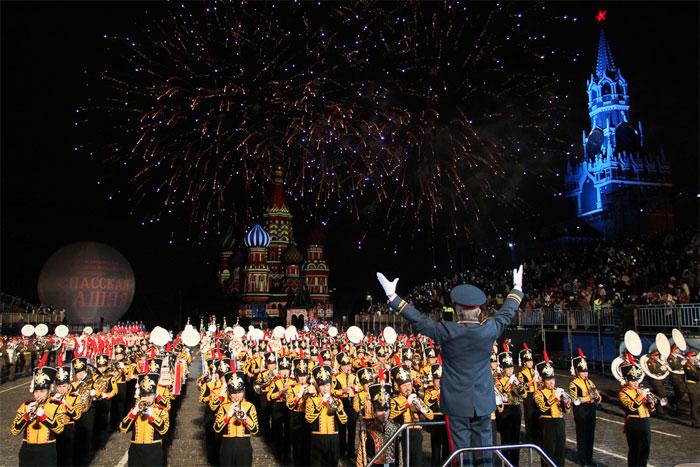 Валерий Халилов был художественным руководителем международного военно-музыкального фестиваля «Спасская башня».