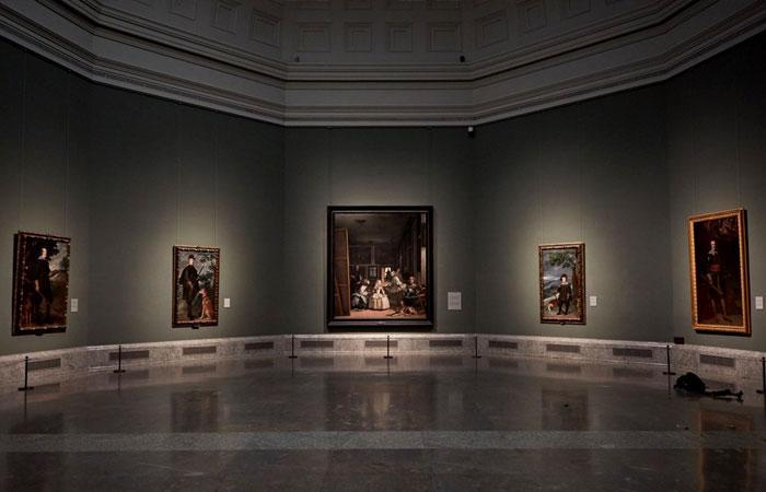 Зал Веласкеса в музее Прадо.