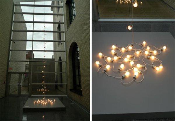 Hanging Around - инсталляция световых приборов в Филадельфийском Музее