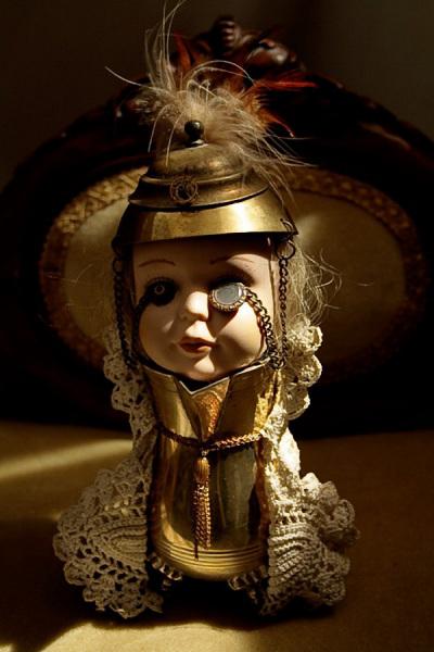 Кукла в Викторианском стиле