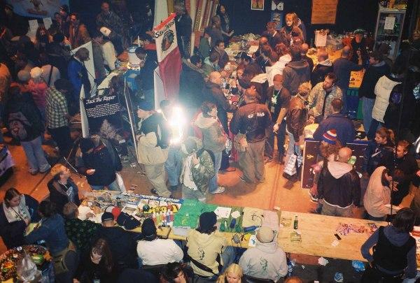 Фестиваль лёгких наркотиков в Амстердаме