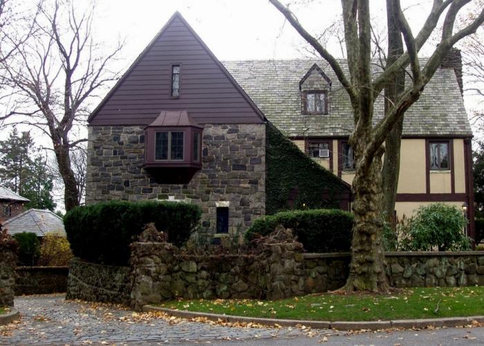 Резиденция Корлеоне была настоящей и находилась на Стейтен Айленд.
