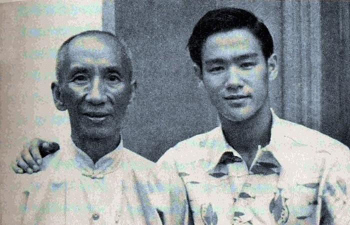 Учитель Брюся Ли.