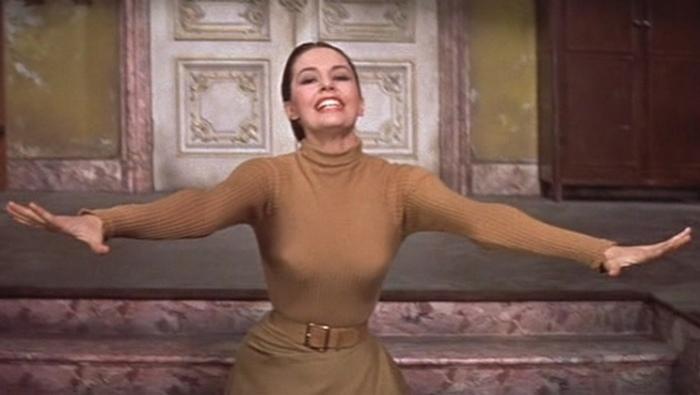 «Красный блюз» - танец из фильма  «Шелковые чулки».
