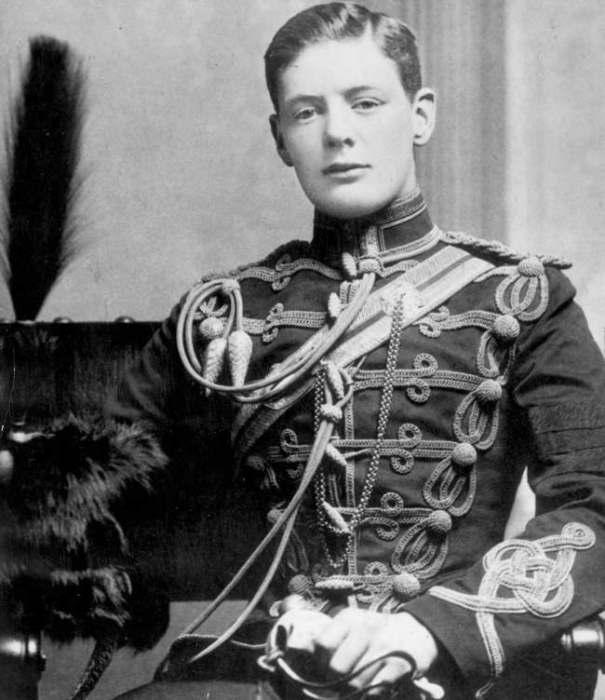 Уинстон Черчилль в молодости.