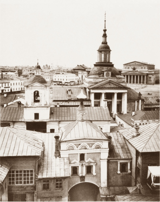 Вид Никольского Греческого монастыря с колокольни Богоявленского монастыря.