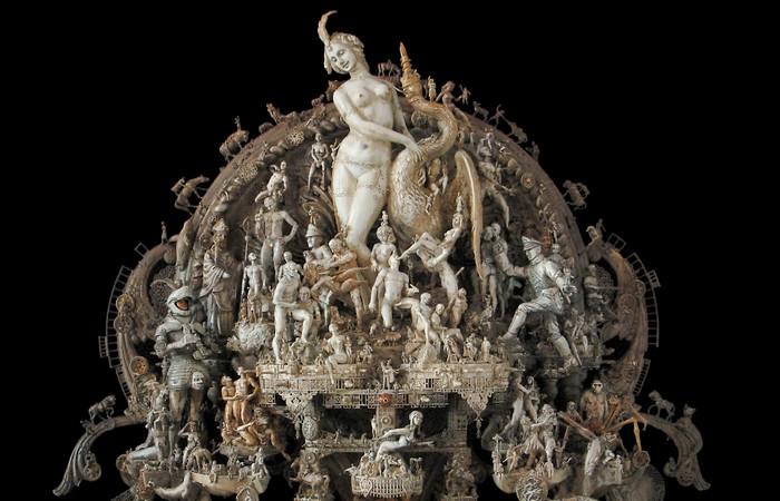 Скульптуры Криса Кукси можно рассматривать часами.