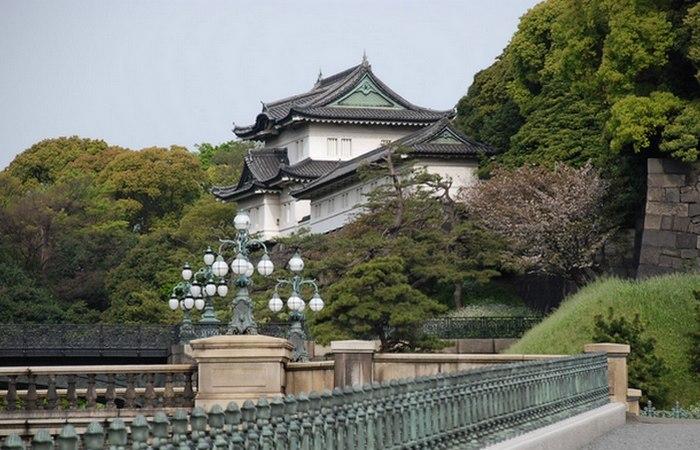 Императорский дворец в Токио. / Фото: yury-musatkin.ru
