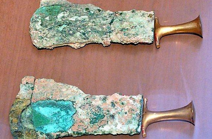 Предметы гигиенны, найденные в древней египетской могиле.