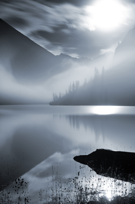 Геометрия ночного тумана. / Фото: Александр Юсупов.