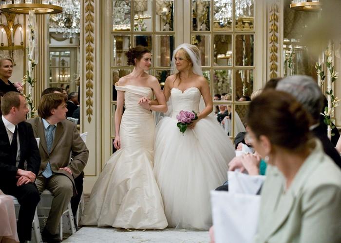 Кадр из фильма «Война невест»./ Фото: kg-portal.ru