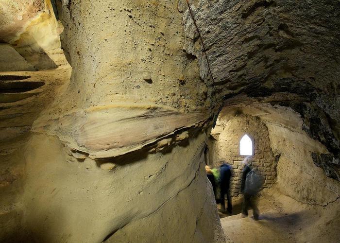 Ноттингемские пещерные галереи.
