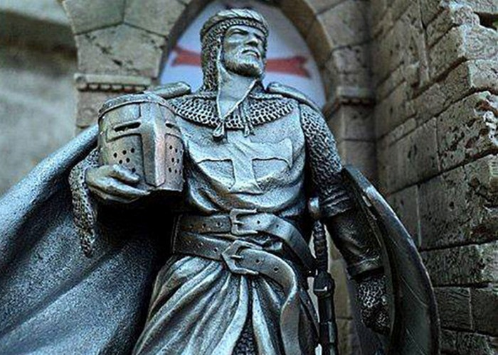 Древние проклятие: Жак Де Молэ. / Фото: pikabu.ru