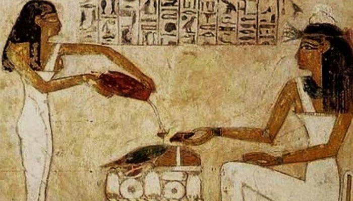 Рождение рекламы: древний алкоголь.
