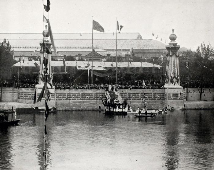 Торжественная закладка моста императора Александра III через Сену.