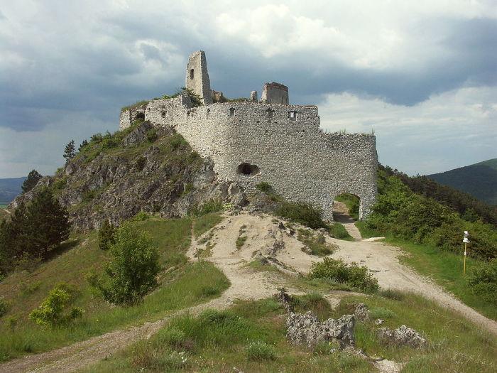 Замок в Чахтице.