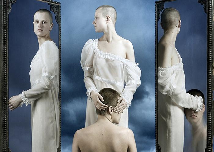 Гадание на зеркалах.