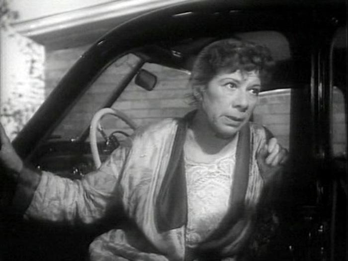 Серафима Бирман в фильме *Обыкновенный человек* (1956)