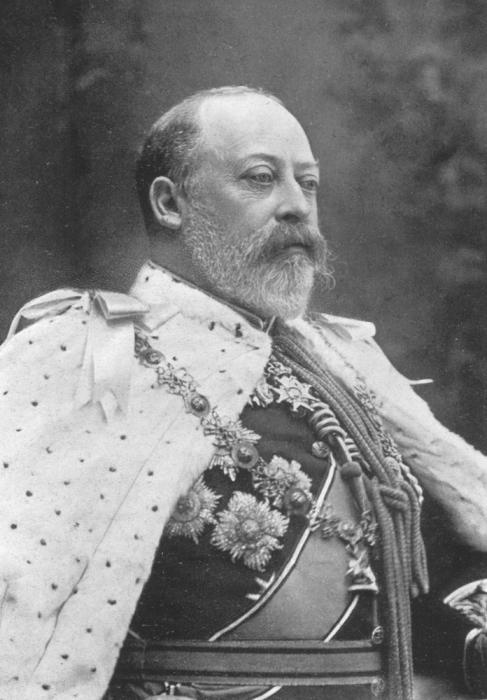 Эдуард VII -сын королевы Виктории и принца Альберта.