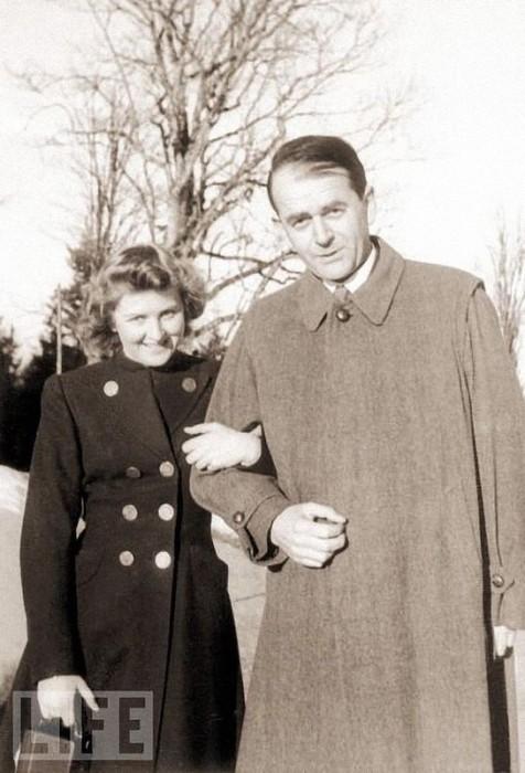 Ева Браун и Альберт Шпеером.