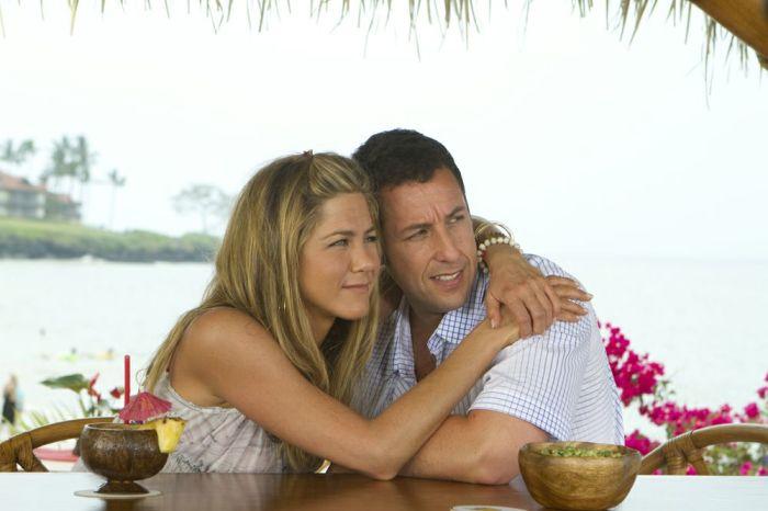 Кадр из фильма «Притворись моей женой»
