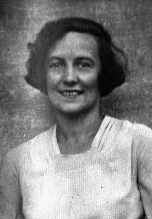 Первая супруга Булгакова Любовь Белозерская.