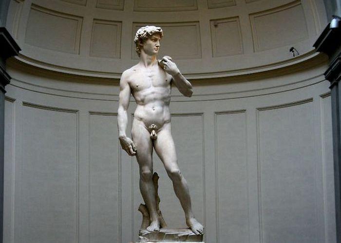 Это религиозная статуя.