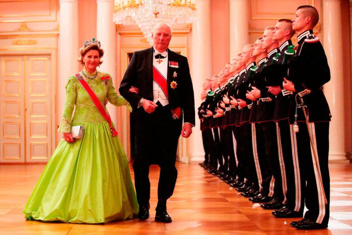Король Харальд V и королева Соня.