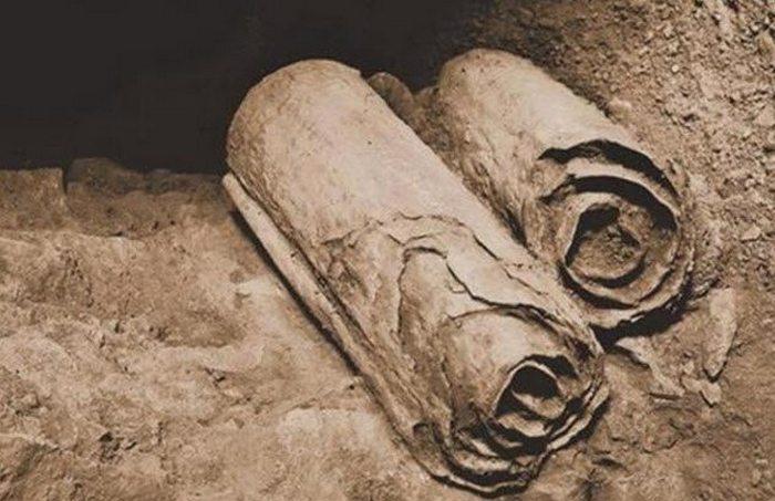 Свитки Мёртвого моря.