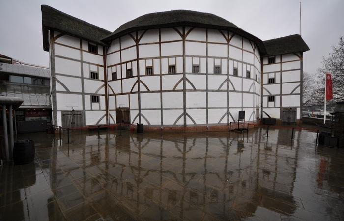 Globe Theatre.