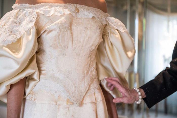 Платье как свадебная семейная традиция.