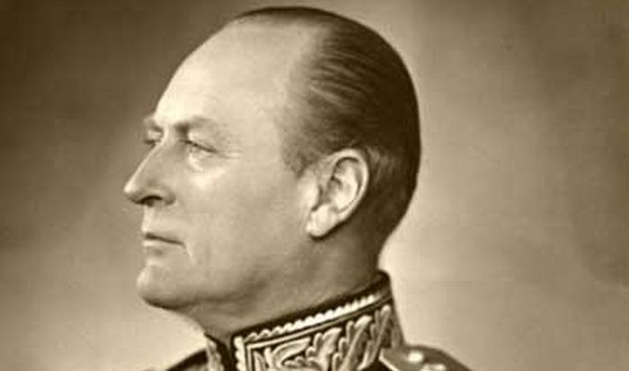 Король Олаф V.
