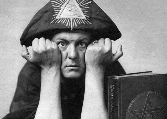 Алистер Кроул - самый известный маргинал XX века.