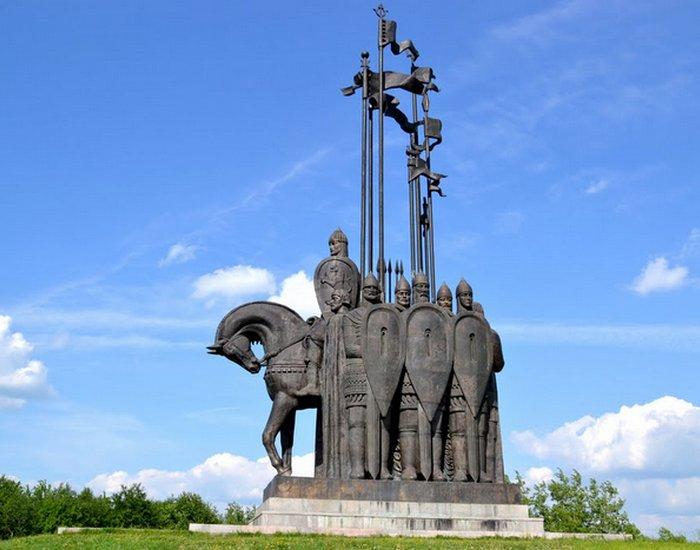Памятник Александру Невскому во Пскове./ Фото: picsport.ru