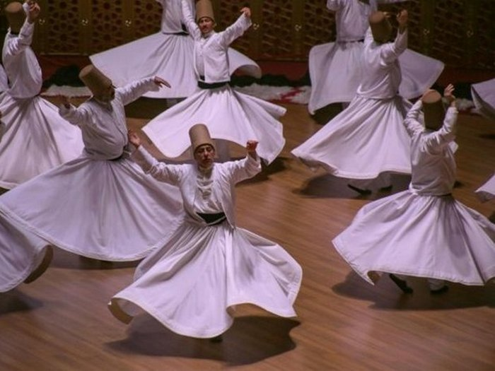Танец «сема».