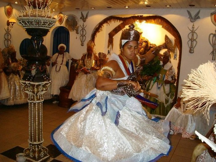 Танец в честь богов.