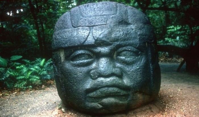 Каменное существование религии ольмеков.